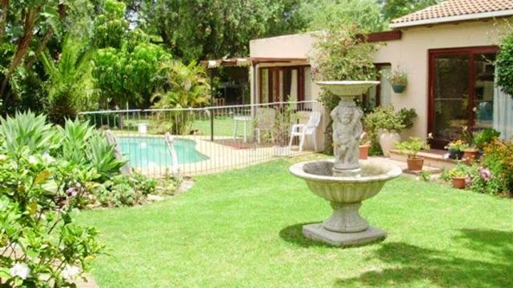 Table View Accommodation at Southcliff Guest House | TravelGround