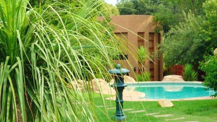 Victory Park Accommodation at Moonflower Cottages | TravelGround