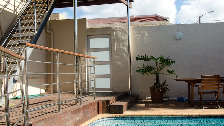 at Goulden Street Guest House | TravelGround