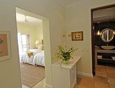Luxury Twin/King Guestroom #2