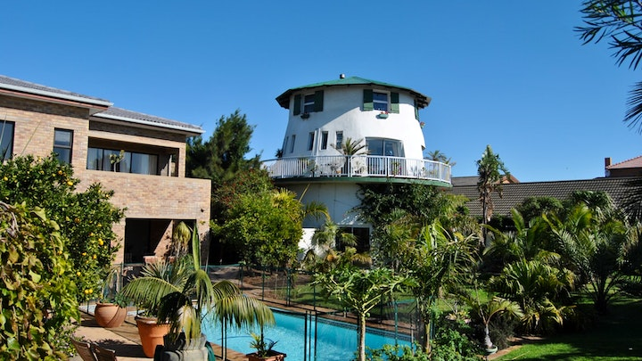 at Cape Oasis Guesthouse | TravelGround