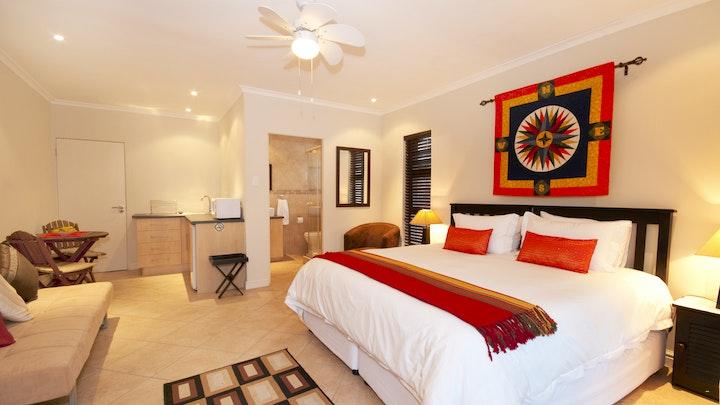 Somerstrand Akkommodasie by Corner House Accommodation | LekkeSlaap