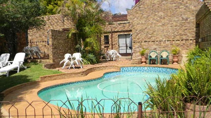 by Pretoria Executive Cottages | LekkeSlaap
