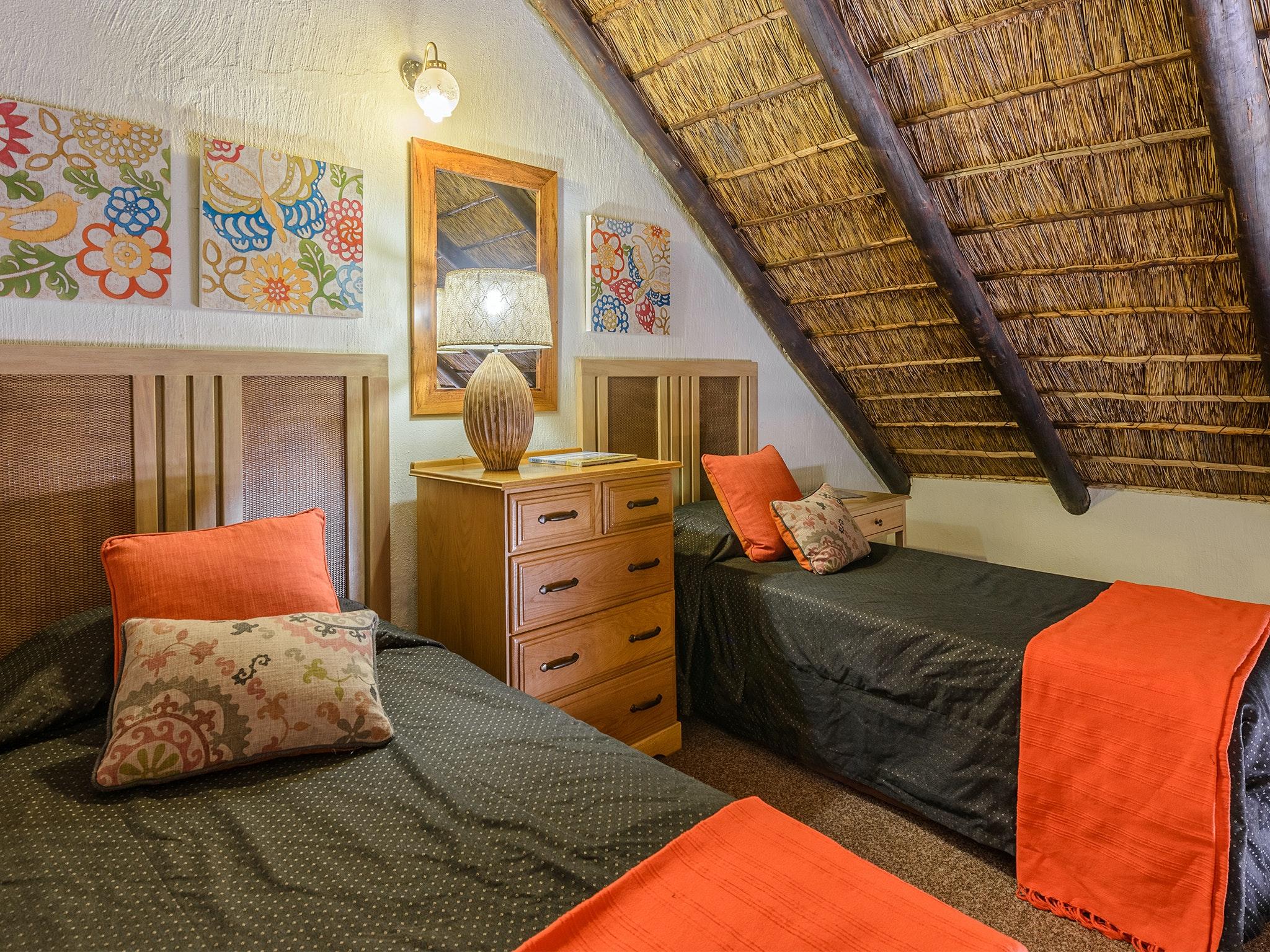 Dikhololo Rooms
