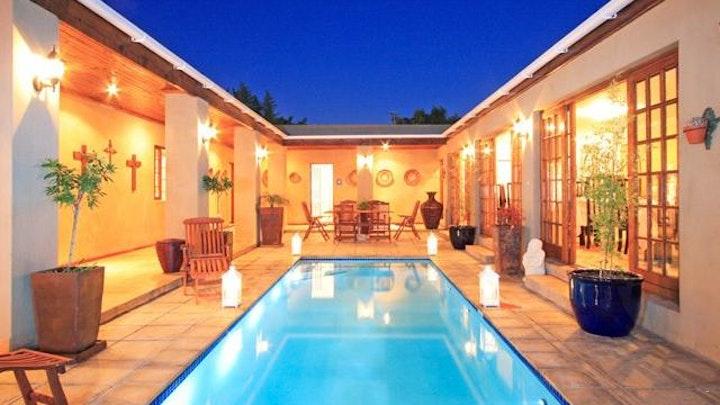 Stellenbosch Sentraal Akkommodasie by Apple Tree Guest House | LekkeSlaap