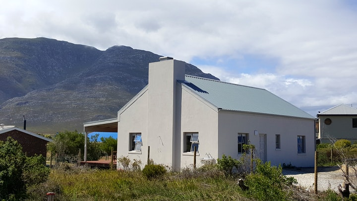 Silversands Accommodation at Gilly's Pearl | TravelGround