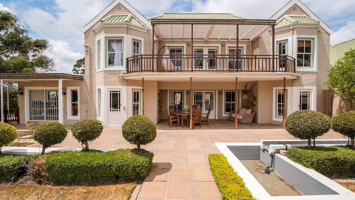 Bellville Akkommodasie by Roses Villa | LekkeSlaap