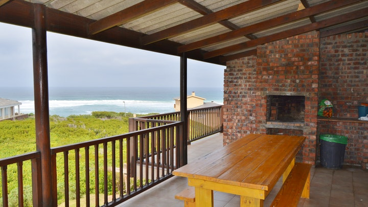 Oyster Bay Accommodation at Old Ladder | TravelGround