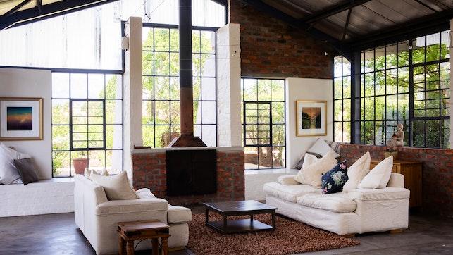 by Essere Lodge Guest House | LekkeSlaap