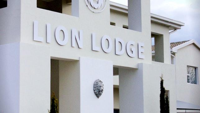by Lion Lodge | LekkeSlaap