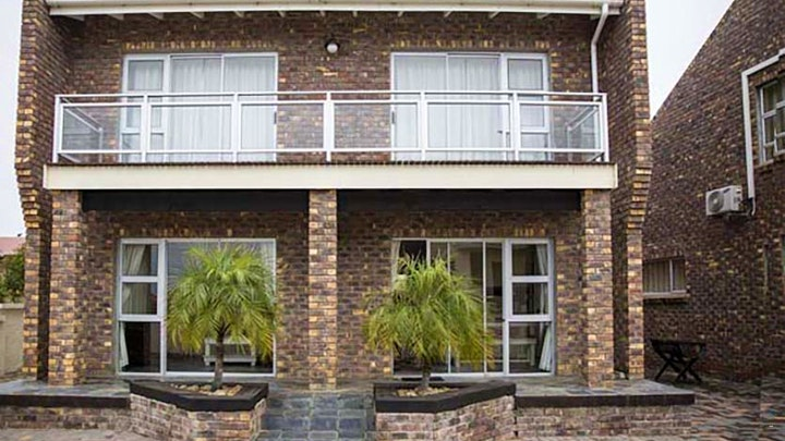 Wavecrest Accommodation at Twin Okes Self-catering Units | TravelGround