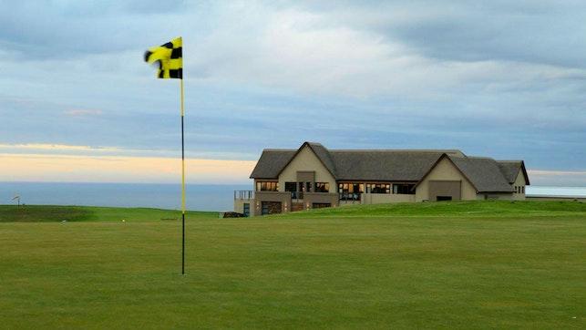 by Fynbos Golf Club | LekkeSlaap