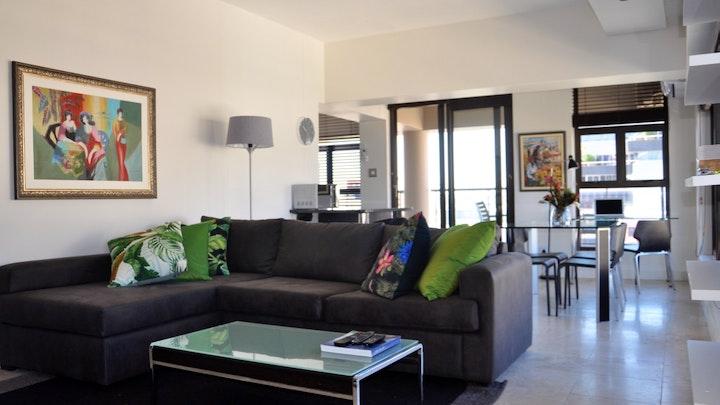 Kaapstad Middestad Akkommodasie by Stylish Cape Town City Apartment   LekkeSlaap