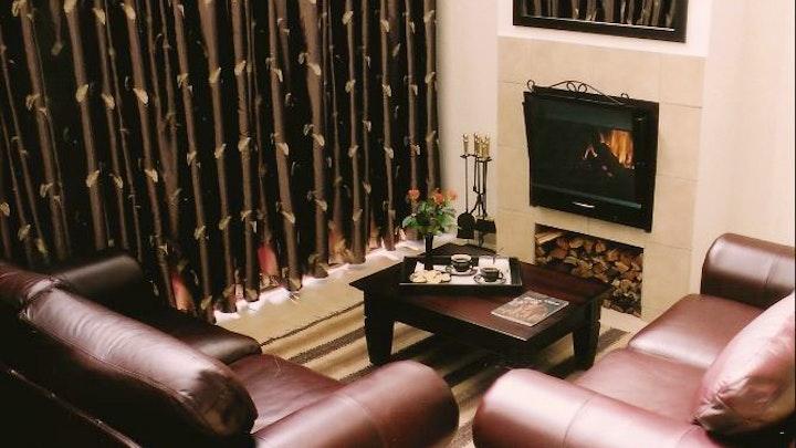 Pretoria East Accommodation at Falling Feather Inn | TravelGround