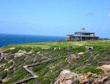 Pinnacle Point golf club house