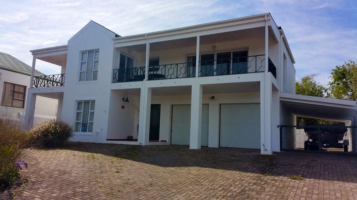 Villiersdorp Akkommodasie by Theewaterskloof Country Estate | LekkeSlaap