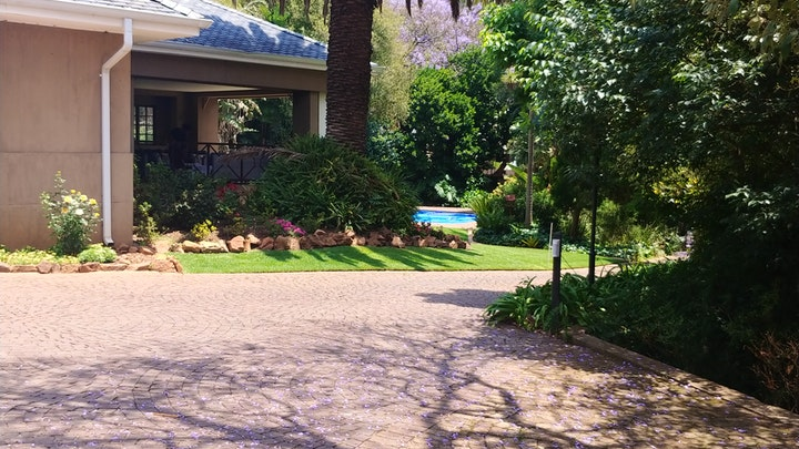 Northcliff Accommodation at Oliver's Place   TravelGround