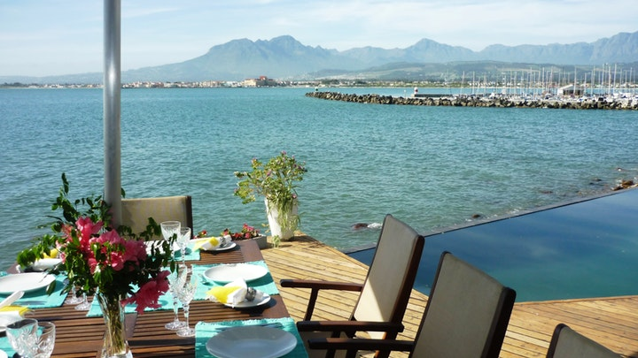 by 185 on BEACH Boutique Suites and Apartments | LekkeSlaap