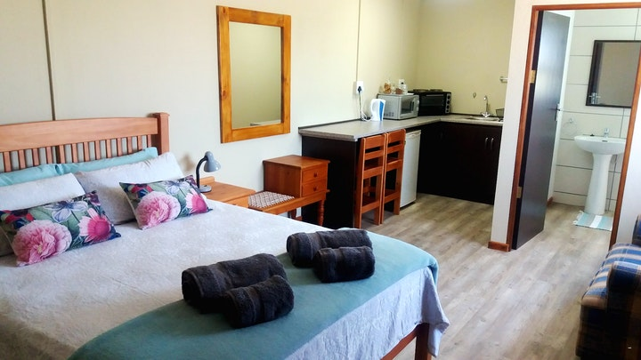 Vyf Brakke Fonteinen Accommodation at Goedheid & Guns | TravelGround