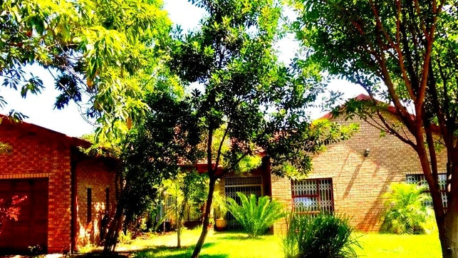 at Ankuweni Guest Lodge | TravelGround