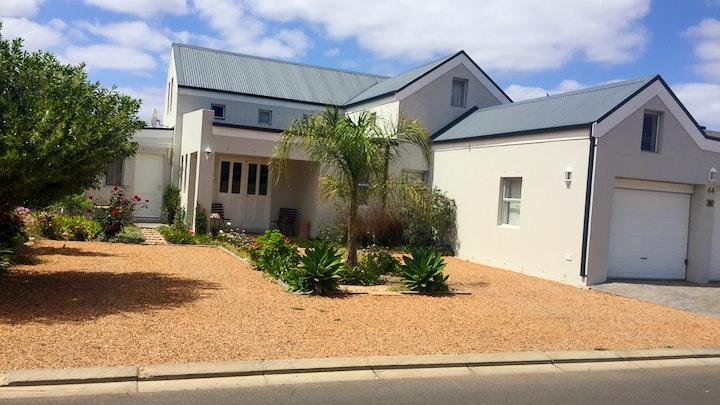 Robertson Accommodation at Lavender House | TravelGround