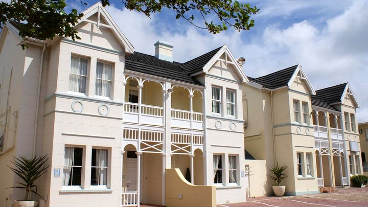 Port Elizabeth  Accommodation at The Vic Hotel | TravelGround