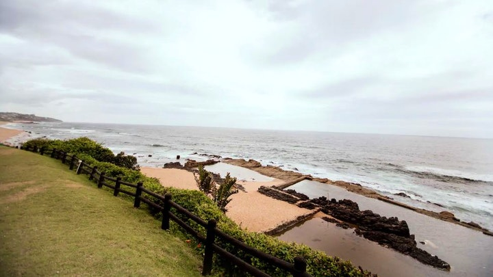 by Beachfront Apartment with Stunning Views   LekkeSlaap