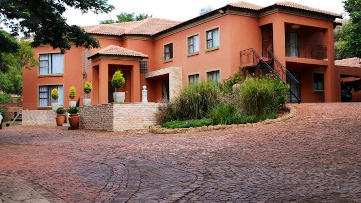 Akasia Accommodation at Mount Vista Guest House | TravelGround