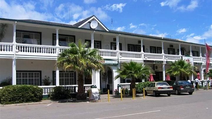 by Karoo Country Inn Hotel | LekkeSlaap