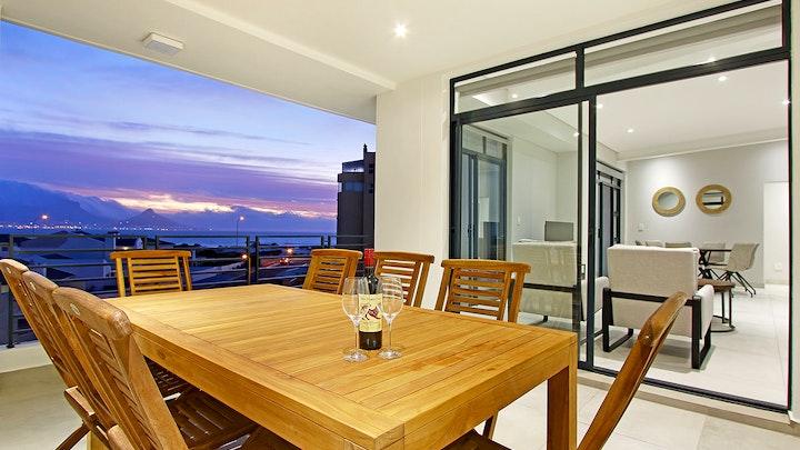 Bloubergstrand Accommodation at Beach Break Penthouse | TravelGround