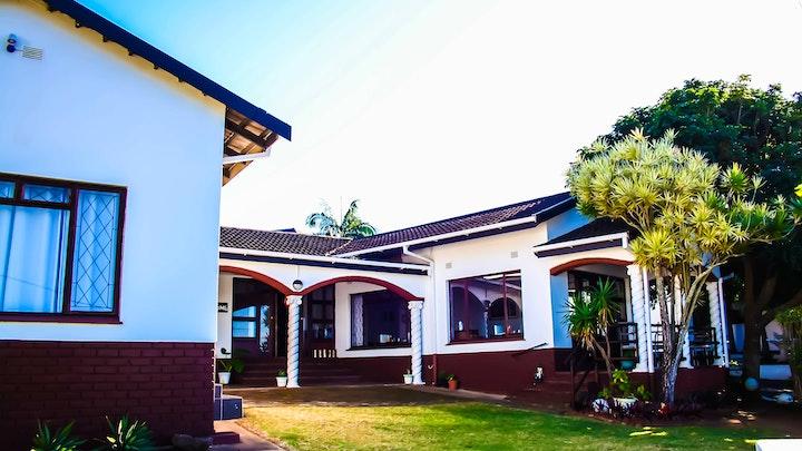Margate Akkommodasie by Villa Tropicana   LekkeSlaap