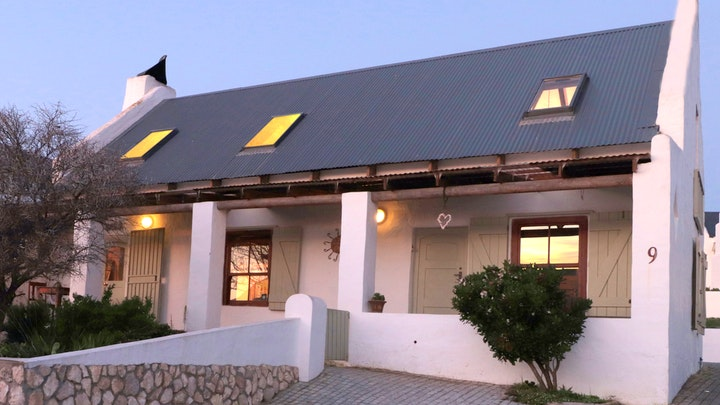 by Stay at Emily in Paternoster | LekkeSlaap