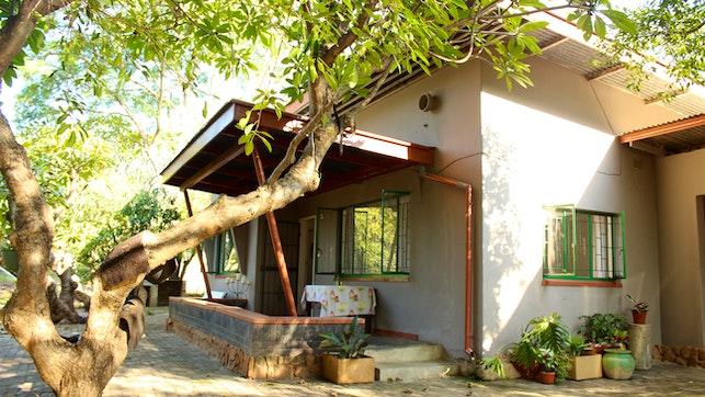 at Wood Owl Bush House   TravelGround