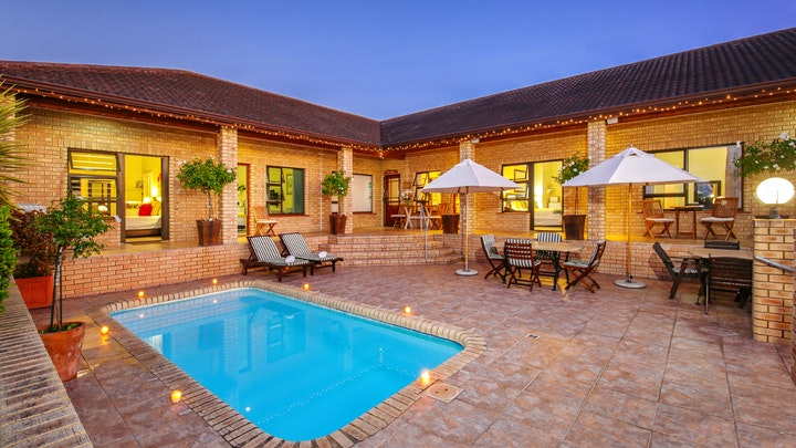 Rexford Accommodation at Amber Guest Lodge | TravelGround