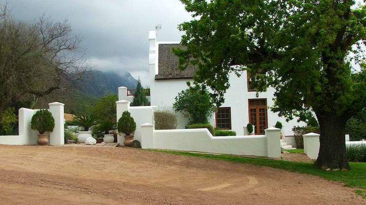 by Oudekloof Wine Estate and Guest House   LekkeSlaap