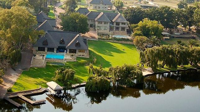 by Bersheba River Lodge | LekkeSlaap