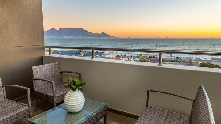 Table View Accommodation at Infinity G9 Ocean View Apartment | TravelGround