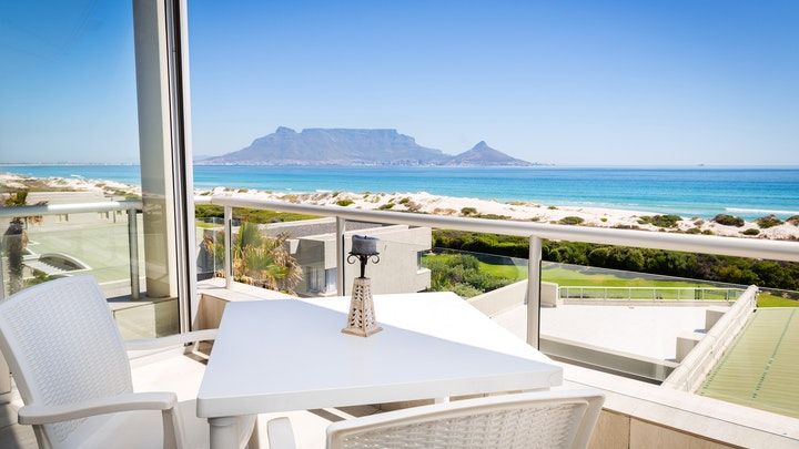 Table View Accommodation at H208 Dolphin Beach   TravelGround