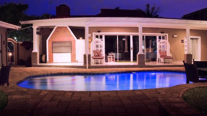 by McAllisters on 8th Guesthouse & Spa | LekkeSlaap