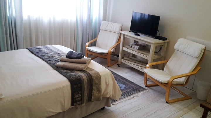 Helena Heights Accommodation at Barlinka Lane Self-catering Flatlet | TravelGround