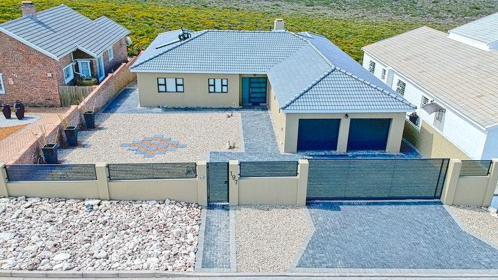 Yzerfontein Akkommodasie by Shoes Off - Feet Up   LekkeSlaap