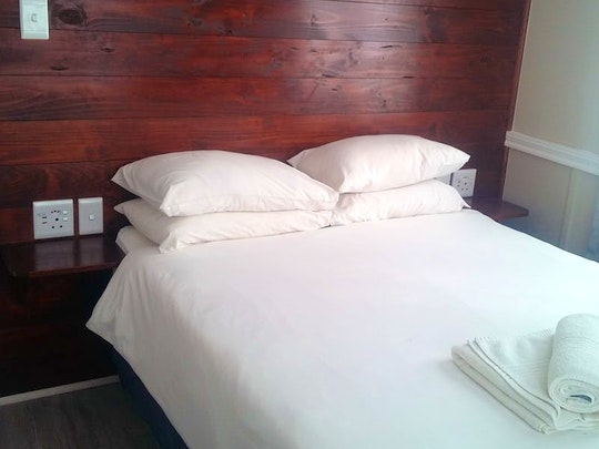 Spitskop Small Holdings Accommodation at Bains Lodge | TravelGround
