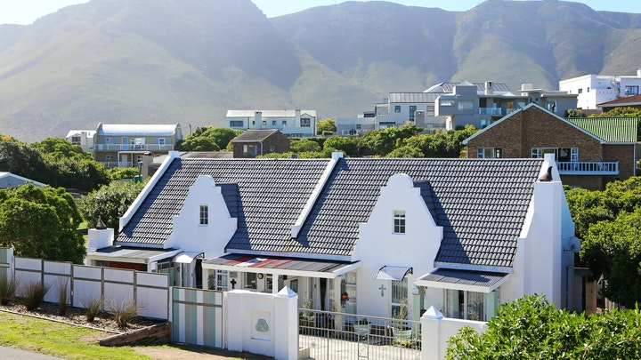 Hermanus Accommodation at A Thyme and Plaice | TravelGround