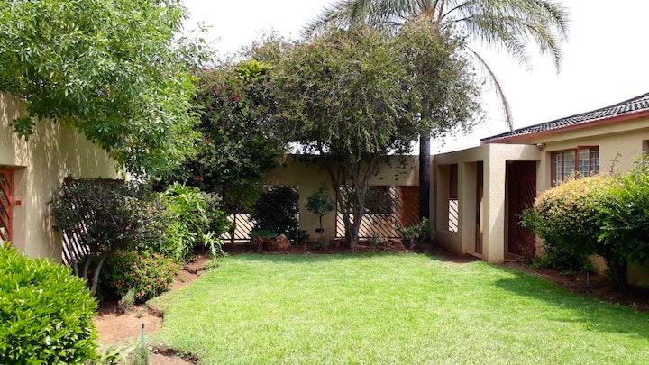 Primrose Accommodation at Naisar Holiday Home and Apartment | TravelGround