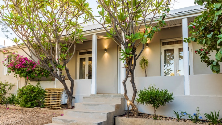 by Elfen House and Cottage | LekkeSlaap