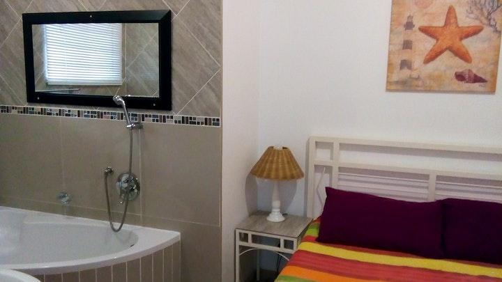 Amanzimtoti Accommodation at Afsaal Holiday Flat   TravelGround