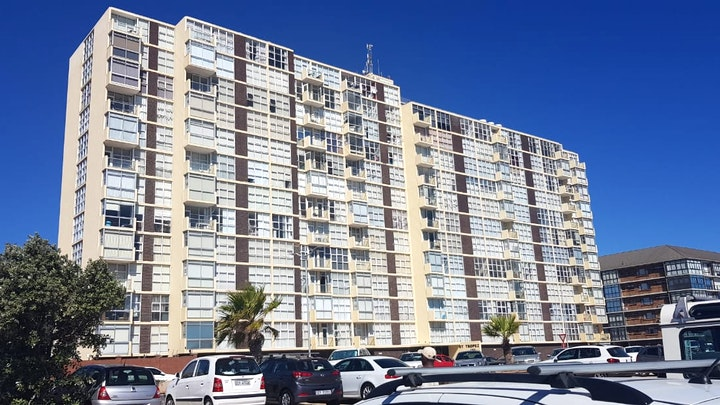 Strand Accommodation at St Tropez 1109 | TravelGround