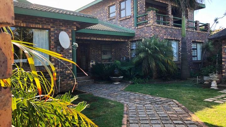Wavecrest Accommodation at Mimosa House | TravelGround