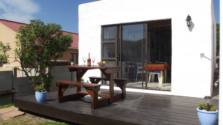 L'Agulhas Accommodation at South of Africa Self-Catering Accommodation | TravelGround
