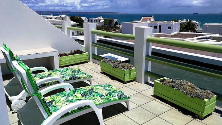 by Paradise Beach Apartments 5 Elara | LekkeSlaap